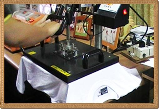 พิมพ์ภาพรับปริญญา, พิมพ์รูปลงบนเสื้อ, พิมพ์ภาพลงบนวัสดุ, พิมพ์ภาพลงบนเสื้อ, ของขวัญวันรับปริญญา, ทำของขวัญรับปริญญา, พิมพ์เสื้อ, สกรีนรูปลงเสื้อ