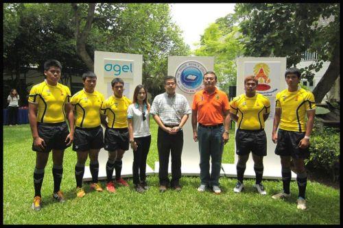 อาเจล & นักกีฬารักบี้ฟุตบอล 7 คน ตัวแทนทีมชาติไทย