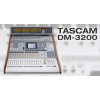 TASCAM DM-3200 48-channel (32 input +16 retum) 16 bus/8 AUX/stereo out, supporting 96kHz sampling frequency.
