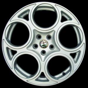 ล้อแม็กซ์ Alfa Romeo นำมาทำเป็น สีเดิม