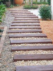 จัดสวนด้วยไม้หมอนเทียม