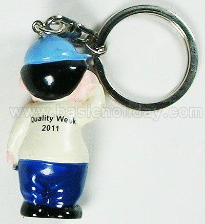 M 3168 พวงกุญแจเรซิ่น เด็กชาย - Quality Week 2011 พวงกุญแจ ตุ๊กตา เรซิ่น Mascot ปั้นตามแบบ ของพรีเมี่ยม ของที่ระลึก ของแถม