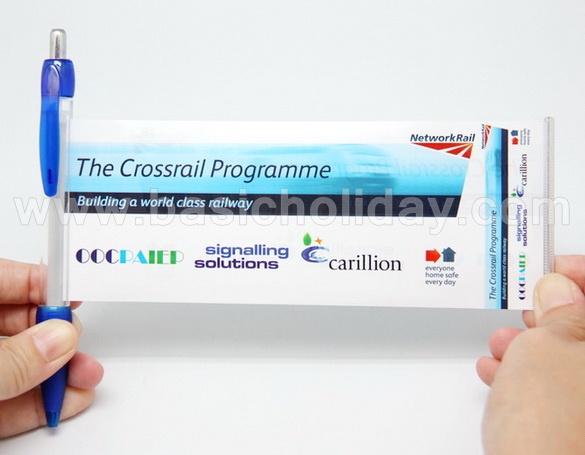 ปากกาแบนเนอร์ ปากกาปฏิทินปีใหม่ ปากกาพลาสติก สั่งพิมพ์กระดาษด้านในได้ตามต้องการ สีปากกามีให้เลือกหลากสี