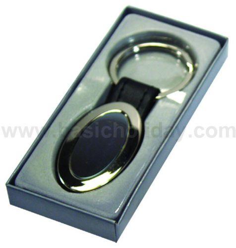 P 1842 พวงกุญแจ รูปทรงรีดำ+กล่อง ของชำร่วย สินค้าที่ระลึก ของที่ระลึก ของขวัญ  ของแต่งงาน ของฝาก ของตกแต่งบ้าน ของแถม ของพรีเมี่ยม