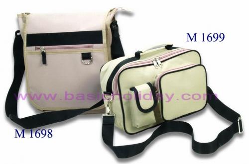 M 1698 กระเป๋า ผ้า 300 D ขนาดกว้าง 11 สูง 13 ข้าง 3.5 นิ้ว