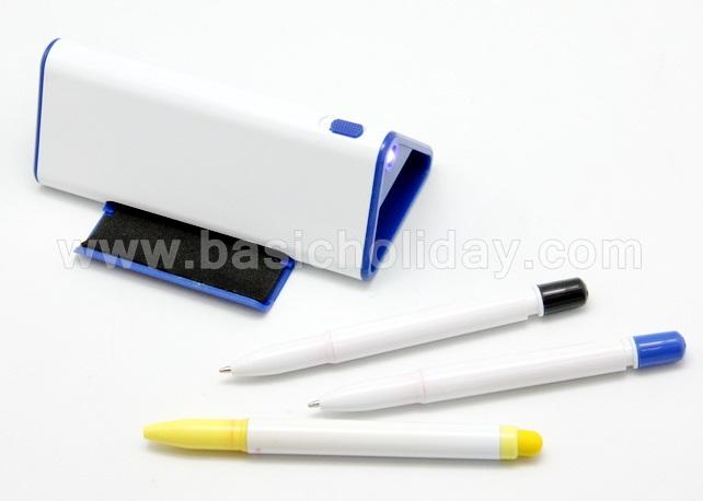 P 2714 ชุดปากกา 2 ด้าม และ Hilight มีไฟฉาย