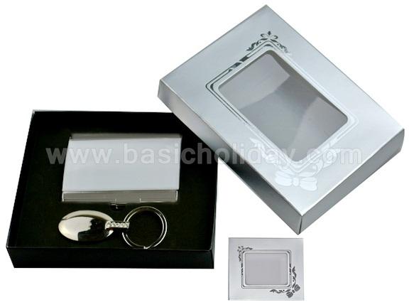 ชุดของขวัญ ชุดกิ๊ฟท์เช็ต Giftset ของพรีเมี่ยมจัดชุด ชุดเครื่องเขียนของขวัญ ชุดกระติกน้ำร้อนของขวัญ พวงกุญแจของขวัญ