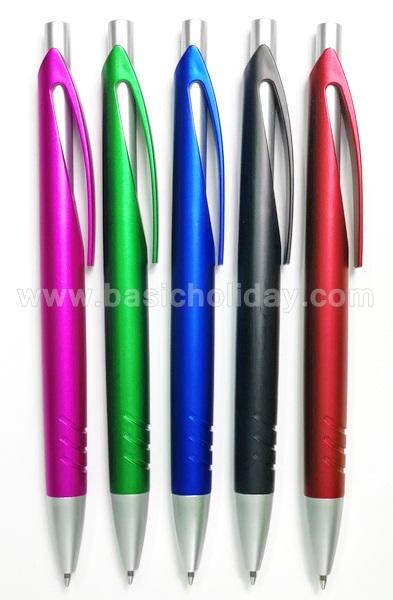 ปากกาพลาสติก ปากกาสกรีนโลโก้ ปากกาพลาสติก พรีเมี่ยม ปากกาสกรีนโลโก้ ทำปากกาแจก ของชำร่วย