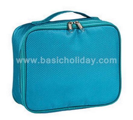 กระเป๋าอเนกประสงค์ พร้อมสกรีนโลโก้ กระเป๋าอเนกประสงค์ พรีเมี่ยม กระเป๋าพรีเมี่ยม กระเป๋าผ้า กระเป๋าของชำร่วย