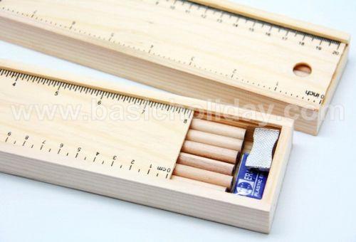 ชุดดินสอในกล่องไม้พร้อมไม้บรรทัด สกรีนฟรี ของแจกเด็ก ของรางวัล ดินสอ เครื่องเขียน ของที่ระลึก