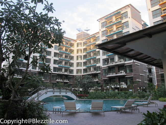 Summer Garden Condo Bangkok Swimming pool