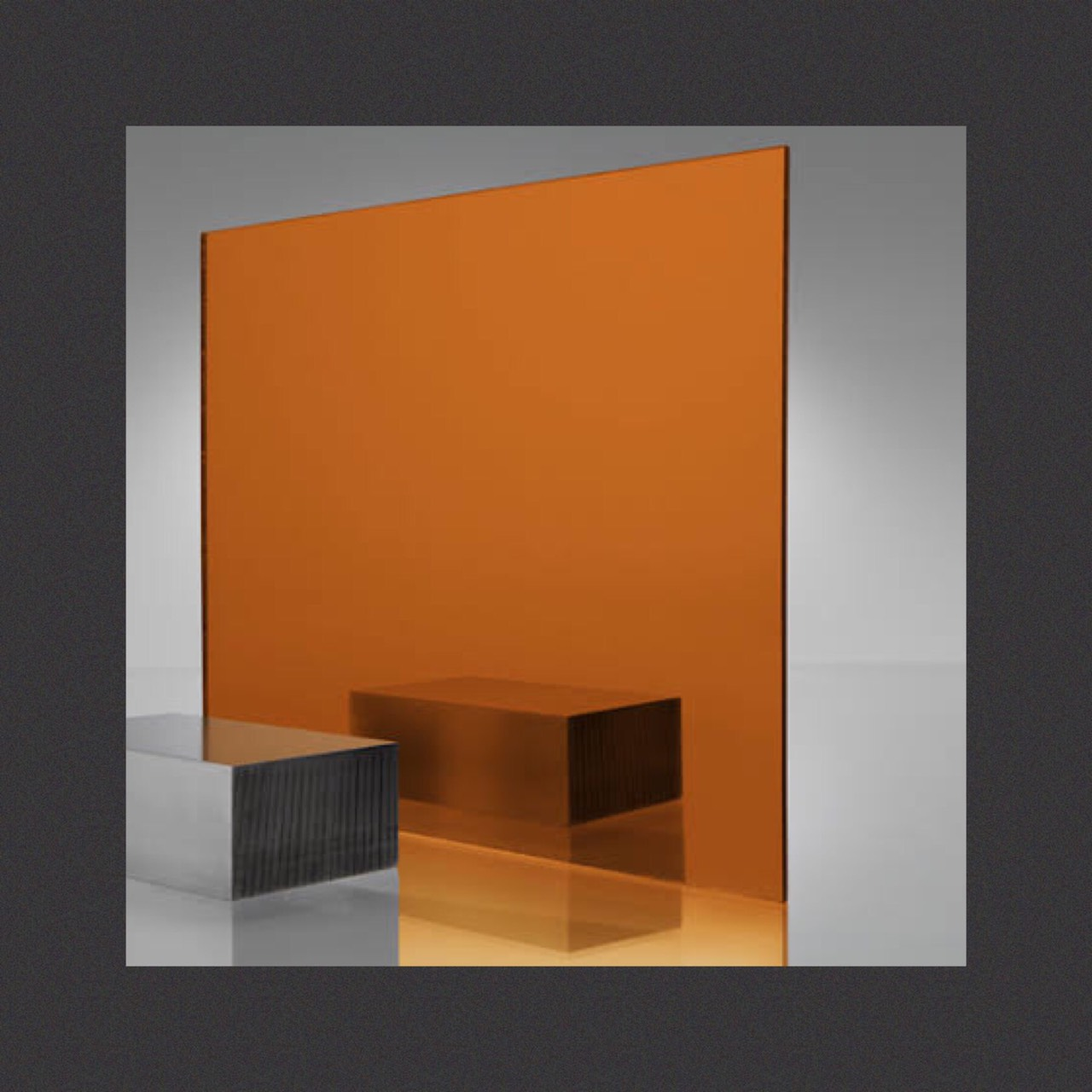 กระจกเงาสีส้มทองแดง