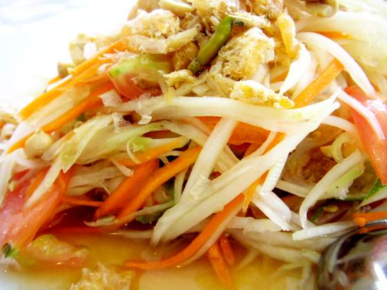 somtum, papaya salad
