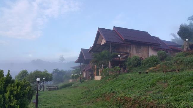 บ้านไพรชมภู