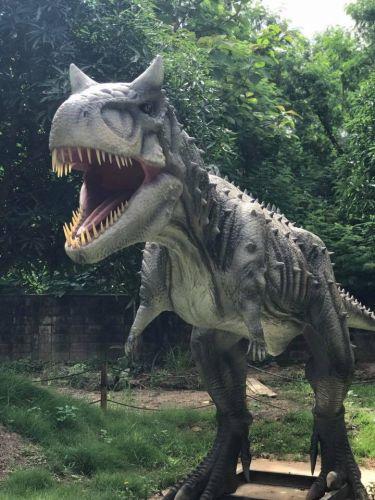 คนไทยทัวร์ พาเที่ยว หมู่บ้านลึกลับ เมืองไดโนเสาร์ เชียงใหม่    ที่จะทำให้คุณตื่นตาตื่นใจไปกับ ธีมพาร์คการจำลองโลกไดโนเสาร์ ย้อนเวลาไปวัยเด็ก ยอมรับเลย ว่าเพลินไปอีกแบบ ปลดปล่อยชีวิตบ้าง น่าจะดี ครับ   ‼️ ที่เที่ยวนี้เหมาะสำหรับครอบครัว เพิ่มประสบการณ์ให้กับเด็กๆ ครับ  สามารถนำมารวมในแพ็กเก็จทัวร์ได้เลย  Chiang Mai's newest attraction is a fantastic park at The hidden dinosour village Chiang mai  It is a great park for a family with kids .A new theme park of amazing dinosour and Giant Bugs, Adventure Playground and Moving, Roaring Dinosaurs  Let's explore inside are waiting to welcome you all with Konthaitour