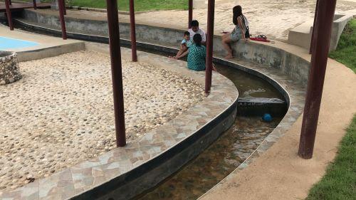 👉คนไทยทัวร์ พาเที่ยว น้ำพุร้อนธรรมชาติ ดอยสะเก็ด เชียงใหม่  (Hot spring doi saket , chiang mai) ✅สามารถเที่ยวต่อที่หมู่บ้านแม่กำปอง ได้เลย ยังไม่พอ ยังมีร้านกาแฟสวยๆ วิวภูเขาตลอดทาง แล้วท่านจะลืมไม่ลงกับ ทริปสวยๆแบบนี้