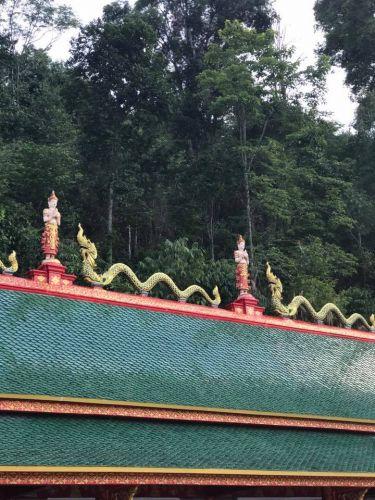 คนไทยทัวร์ อาสา พาไปชมวัดพระพุทธบาทสี่รอย เชียงใหม่