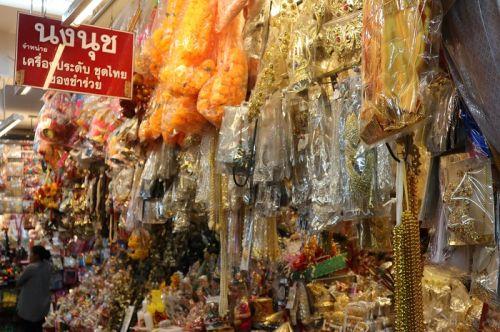 🔹คนไทยทัวร์ พาชม ชิม ชิว เดินเล่น ลมเย็นๆ ที่  กาดหลวง  หรือ ตลาดวโรรส เชียงใหม่
