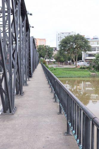 ✔️ เช้านี้ที่เชียงใหม่ กับ กล้อง Canon EOS 50 / Chiang mai Amazing  สะพานเหล็ก -สะพานนวรัฐ -แม่น้ำปิง เชียงใหม่ 1 ใน 10000 รูป ไฮไลท์ของเชียงใหม่เท่านั้น  ยังมีที่เที่ยวและสิ่งที่น่าสนใจอีกมากมาช้ายที่ไม่อาจเอ่ยถึงได้ทั้งหมด ณ ที่นี้ ความงามของสถานที่ท่องเที่ยวจังหวัดเชียงใหม่และไมตรีจิตของชาวเชียงใหม่ และต่างบอกต่อๆ กันว่า  เราจะกลับมาเยือนเชียงใหม่อีกครั้งอย่างแน่นอน แล้วคุณลูกค้าล่ะได้ไปสัมผัสเมืองหลวงแดนล้านนานี้กับคนไทยทัวร์ แล้วหรือยัง