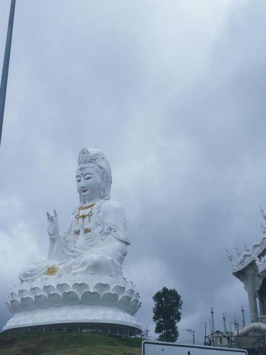 คนไทยทัวร์ พาสายบุญ   ที่ วัดห้วยปลากั้ง และเจ้าแม่กวนอิมองค์ใหญ่ที่สุดในประเทศไทย