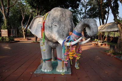 กู่ช้าง กู่ม้า 🚩 เมื่อต้องการ สมหวังในสิ่งใด ก็มักจะมา ขอพรกันที่นี่