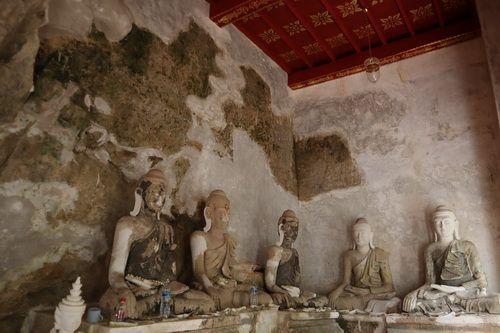 คนไทยทัวร์ พาทัวร์ พาชม ที่  วัดผาลาด   มีประวัติศาสตร์ยาวนานกว่า 500 ปี