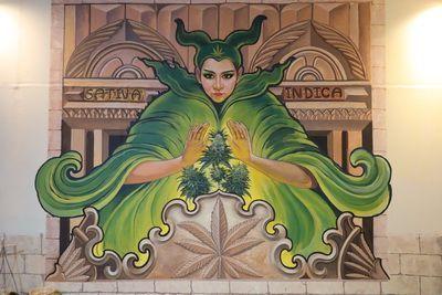🎩 คนไทยทัวร์ พาเที่ยวชม แลนด์มาร์กใหม่ที่  กระทรวงเวทมนต์ Master Witch Village หรือ ร้านแม่มดกัญชา เชียงใหม่