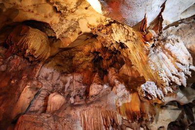 คนไทยทัวร์ และ น้องขวัญใจ   พาเที่ยว วัดถ้ำเชียงดาว เชียงใหม่