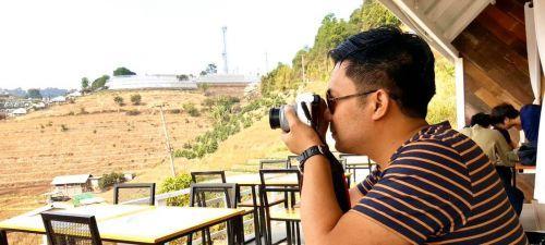 🔔คนไทยทัวร์ แวะมาเชยชม cafe เปิดใหม่ เส้นม่อนแจ่ม อิงแอบธรรมชาติ วิว 360 องศา ไม่รู้อ่านว่า มอนิ่งดาว หรือ ม่อนอิงดาว คาเฟ่ MON ING DAO CAFÉ ,Chiang Mai ✔️ ชิมโกโก้ ขมสะใจ แต่กาแฟยังไม่ได้ลอง แต่วิวสุดจริง ขอบอก  💡 ร้านอาหาร ร้านกาแฟ ร้านของกิน ที่ไหน คิดว่าดี อร่อย บอกเราได้เลย อย่าได้เกรงใจ  🔴 เสนอมาได้เลย ทีมงานจะตามไปชิม ไป หา ถึงที่ นะจ้า  หรือ ไม่อยากให้เราไป มาลงข้อมูลเองก็ได้นะจ้า พี่จ๋า  🔴หมายเหตุ : ร้านไหน ไม่มีหน้างาน ของดลงข้อมูลนะเจ้า  https://www.facebook.com/groups/eatingnorthern