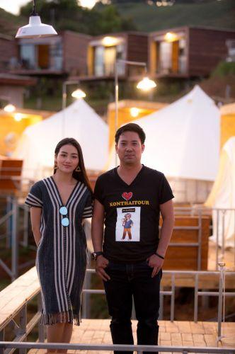 Trip Chiang mai Photo  Portrait Love you  3  วัน 2  คืน   วันเดินทาง ทุกศุกร์-อาทิตย์   จำนวนเริ่มต้น 6  ท่านขึ้นไปถึงจะคุ้ม  ทริป         ทริปพิเศษสำหรับช่างภาพ มือสมัครเล่นที่รักการถ่ายรูป เน้นงาน  Portrait แบบ มีทั้ง Indoor - Outdoor  เป็นชีวิตจิตใจ และ สนใจกับ ทริปทัวร์เชียงใหม่ 3 วัน 2 คืน   รวมทุกอย่าง ยกเว้นตั๋วเครื่องบิน   Code 2 Chiang Mai -Pai Photo Portrait  Love you 3 วัน 2  คืน   วันแรก  /  ทีมงาน  คนไทยทัวร์    พร้อมป้ายรับลูกค้า  รอรับท่านที่ สนามบินเชียงใหม่  ช่วงเช้า   แนะนำมาถึงเชียงใหม่ ไม่เกิน 9.00 น. -ช่วงเช้า  ร้านกาแฟสวยๆ เส้นแม่ริม  สวนพฤกษศาสตร์สมเด็จพระนางเจ้าสิริกิติ์ และ  สะพาน canopy walk   12.00 น.  รับประทานอาหารกลางวัน  ช่วงบ่าย   หมู่บ้านกะเหรี่ยงคอยาว  16.00 น.เข้าเช็คอินที่พัก ที่ Siripanna Villa Resort & Spa  ระดับ  4 ดาว  ถ่ายรูปที รีสอร์ท   18.30 น.     รับประทานอาหารค่ำแบบ ขันโตกดินเนอร์ ที่มีอาหารพื้นเมืองของเชียงใหม่ พร้อมกับชมการแสดงการฟ้อนรำในแบบล้านนาโบราณ (ขันโตกที่ คุ้มขันโตก จัดเป็นที่ๆดีที่สุดในภาคเหนือ) 21.00 น.พักผ่อนตามอัธยาศัย    วันสอง  /  07.00 น.รับประทานอาหารเช้า / Check out  ช่วงเช้า เดินทางไป ปาย ใช้วลาประมาณ 3 ชั่วโมง  * พาไปถ่ายรูปสวย ที่ coffee in love และ กาแฟบ้านต้นไม่  -12: 00 น.         รับประทานอาหารกลางวัน  บ่าย   ดูวิวสวยๆ ถ่ายรูปสวยๆ กองแลน อัศจรรย์กว่าที่คิด (ปาย)กอง แลน หรือที่ฝรั่งเรียกกันว่า ปายแคนย่อนวิวสวย โรแมนติกมากมาย  เห็นวิวแบบ 360 องศา ชมสะพานบุญโขกู้โส่ เมืองปาย ที่นี่จะมีลักษณะเป็นทุ่งนาที่ถูกโอบล้อมด้วยภูเขาและมีบรรยากาศดีมาก ในช่วงฤดูฝนเราจะได้เห็นทุ่งนาสีเขียวอันกว้างใหญ่ ที่มีสะพานไม้ไผ่ทอดยาวผ่านท้องนาของหมู่บ้านแพมบก ส่วนหน้าหนาวก็ได้ วันไหนโชคดีมากๆ เราก็อาจจะได้เห็นสายหมอกสีขาวๆ ออกมาโชว์ความงาม แวะพักผ่อน ที่โป่งน้ำร้อนไทรงาม     16.00 น.เข้าเช็คอินที่พัก ที่ Belle Villa Resort , Pai  ระดับ  4 ดาว  http://www.bellevillaresort.com/pai/deluxe_room.html  ถ่ายรูปที รีสอร์ท   18.00 น.ชมพระอาทิตย์ตกเย็น พร้อมบรรยากาศวิวปาย ยามเย็นที่วัดพระธาตุแม่เย็น 18.30 น. รับประทานอาหารค่ำ   หลังจากนั้น Night  Photo  จุดถ่ายรูปสวย ยามค่ำคืน  อาทิ  Street food เมืองปาย  กลับที่พักประมาณ 23.00  น