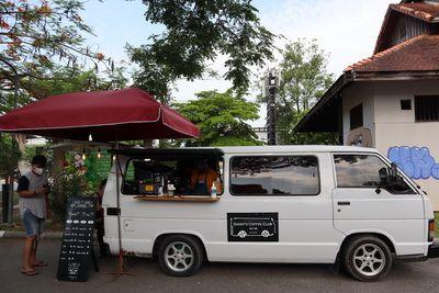 🎉 Konthaitour แวะมาให้กำลังใจ พ่อค้า แม่ค้า ที่ Rustic Market