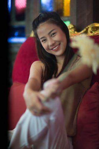 ❣️ Konthaitour photo portrait กับ น้องปูเป้ สาวมีเสน่ห์เชียงใหม่ ปกติไม่ได้มาถ่ายง่ายๆ  🔷 หมายเหตุ : หากน้องๆ สาวๆท่านใดน่ารัก หรือ สวย ๆ หรือ พูดเก่ง หรือ มี สไตล์ ของตัวเอง รีบหนีเลยนะ เพราะคุณคือเป้าหมายของเรา ประสบการณ์ดีๆ แชร์ความรักในงาน ที่ทำร่วมกัน อะไรมันจะดีไปกว่านี้  💕 เพราะไม่งั้นจะเจอเชิญมาถ่ายรูป หรือ ไม่ก็มาถ่ายคลิป สวยๆกัน  ✔️ Cr. น้องปูเป้ สาวมีเสน่ห์ เชียงใหม่  ✔️Place : taiton cafe , ใต้ต้น เชียงใหม่ https://www.facebook.com/TaitonChiangmai/  💎เจ้าของร้าน พี่อ้อ ใจดี ให้ความอนุเคราะห์ สถานที่สวยๆ อลังการ งานสร้าง อาหารดี เครื่องดื่มเยี่ยม และ สายถ่ายรูป ยังไม่มา ถือว่า พลาด  💎 ฝากกดไลท์ กดแชร์ ให้กำลังใจ ทีมงานด้วยนะครับ หรือ คิดเห็นอะไร อยากให้เราทำไรแจ้งมาได้เช่นกัน  🔮🔮🔮🔮🔮🔮🔮🔮🔮🔮🔮🔮🔮🔮🔮🔮  💠ธุรกิจ SMe ทุกรูปแบบ อยากมาคุย Interview -Review โรงแรม ที่พัก ร้านอาหาร ร้านกาแฟ ร้านของกิน ที่ไหน คิดว่าดี อร่อย แจ๋ว  📢 บอก คนไทยทัวร์ ได้เลย อย่าได้เกรงใจ เราจะไปช่วยท่านถ่ายรูป ถ่ายวีดีโอ ช่วยโปรโมต ในสื่อ online ของทางเรา  🔷 หมายเหตุ : ขอเริ่มเน้นที่เชียงใหม่ ก่อนนะครับ  ✔️Inbox ข้อความ แนะนำตัวมาได้เลยทุกช่องทาง  ✔️โทร : 063-7892562  ✔️อีเมล์ : konthaitour@hotmail.com  ✔️Line id : @konthaitour  #ถ่ายรูปเชียงใหม่ #ถ่ายแบบ #portraitphotochiangmai #ถ่ายรูปแนวสวยงาม #konthaitour #รีวิวร้าน #taitoncafechiangmai