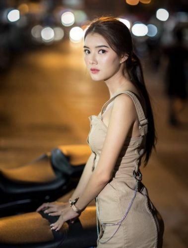 ทริป Photo Portrait กับ น้องเหมย สาวสวยจากเชียงราย  🚩 ถ่ายแนว Street ย่าน กาดหลวง เชียงใหม่ และ Makad Cafe ,Chiang Mai  ▶️ ขอบคุณนางแบบ : น้องเหมย  🚩ข่าวประชาสัมพันธ์ : ลูกค้าที่มาเที่ยวมาทัวร์ เชียงใหม่ และอยากถ่ายรูปสวยๆ บอกมาเราจัดให้  หรือ อยากให้น้อง ๆ ที่น่ารักทุกรูปแบบ ทุกแนว มาถ่ายแนว Portrait เราก็มี ภายใต้การดูแลของคนไทยทัวร์  ▶️ฝากกดไลท์ กดแชร์ ให้พลังใจเราหน่อยนะจ้า  🌳🌿🍃🌳🌿🍃🌳🌿🍃🌳🌿🍃🌳🌿🍃🌳🌿 Konthaitour / The Boutique Tour Operator Specialty base in Chiang Mai, Thailand.  🚩 คนไทยทัวร์ / บริษัททัวร์ชั้นนำเชียงใหม่ ทริปส่วนตัวทุกคณะ  ❤️ หากท่าน ชื่นชอบทัวร์ ส่วนตัว และเลือกโปรแกรม สถานที่ท่องเที่ยว เลือกวันเดินทางได้  🔥 หมายเหตุ : ทุกคณะเป็นทริปส่วนตัว ไม่มีทัวร์จอย จ่ายเงินรอบเดียว รวมให้หมดทุกอย่าง  😊 ท่านสามารถปรับแต่งรายการ ระยะเวลาเดินทาง เลือกระดับโรงแรม 3-6 ดาว , ร้านอาหารและอื่นๆ  ได้ตามไลฟ์สไตล์ของตัวเอง ออกเดินทางได้ทุกวัน ควรมี 4 ท่านขึ้นไป จะช่วยหารราคาได้ดียิ่งขึ้น  ✔️โทร : 063-7892562  ✔️อีเมล์ : konthaitour@hotmail.com  ✔️Line id : @konthaitour  ✔️ www.konthaitour.com  #ทริปถ่ายรูปเชียงใหม่ #เชียงใหม่ถ่ายรูป #changmaiphototrip #หาที่ถ่ายรูปเชียงใหม่ #ถ่ายรูปสวยเชียงใหม่ #คนไทยทัวร์