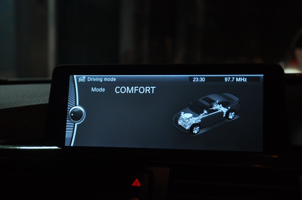 BMW 320i Luxury Line สมรรถนะแรง ประหยัดน้ำมัน : test drive KSB Used Car รับซื้อรถมือสอง รถยนต์ รถบ้านทุกชนิด