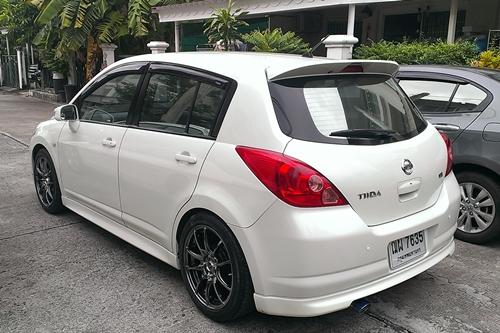 NISSAN 1.8G Hatchback