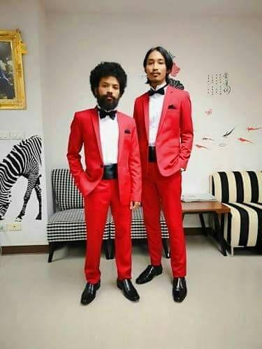 เช่าทักซิโด้สีแดงงานแต่ง