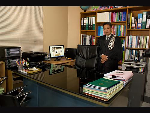 ทนายความลีนนท์