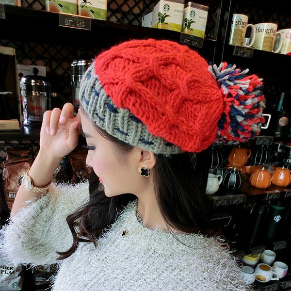 หมวกหน้าหนาว หมวกไหมพรมถักลายนูนสีสดใส แต่งปอมใหญ่
