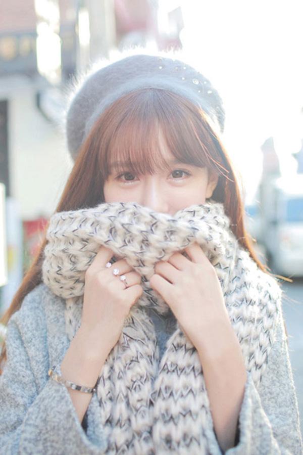 ผ้าพันคอหน้าหนาว ไหมพรมนุ่มฟูถักสองสี ผืนยาวมาก