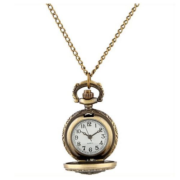 นาฬิกาสร้อยคอวินเทจ ปั๊มลายมงกุฎ (NT808)