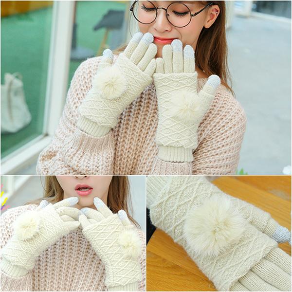 ถุงมือกันหนาวไหมพรมนิ่มถักลายแต่งเฟอร์แท้ ทัชสกรีนได้
