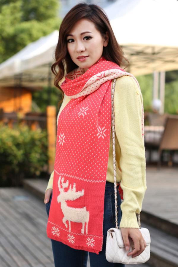 ผ้าพันคอไหมพรม ผ้าพันคอกันหนาวถักลายกวาง ใช้ได้สองด้าน