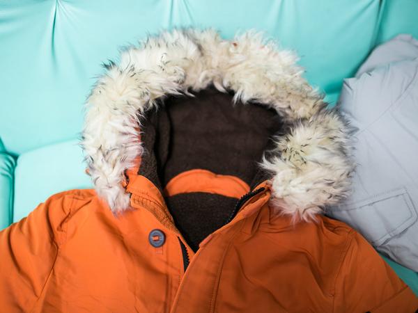 เสื้อกันหนาวผู้ชาย เสื้อโค้ทขนเป็ดรุ่นหนาลุยหิมะ แต่งเฟอร์ (10167MM)