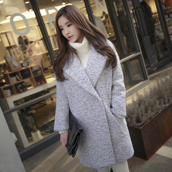 เสื้อโค้ทกันหนาวตัวยาว ผ้าวูลขนแกะเนื้อหนา แต่งกระเป๋าคู่
