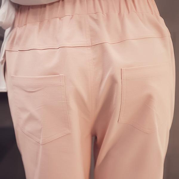 กางเกงขายาวห้าส่วน ผ้าทอนิ่มแต่งกระเป๋าคู่