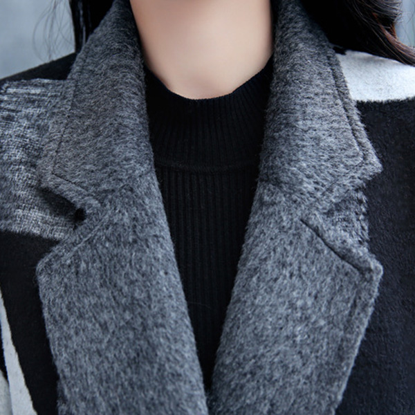 เสื้อโค้ทกันหนาว ผ้าวูลหนาทอลาย แต่งกระเป๋าคู่ (12200X)
