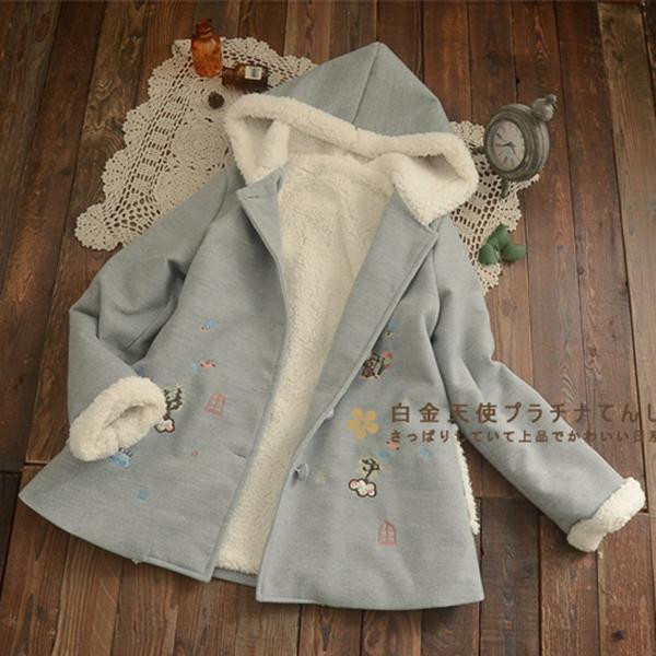 เสื้อโค้ทกันหนาวปักลายวินเทจ มีฮู้ดซับผ้าขนแกะเต็มตัว