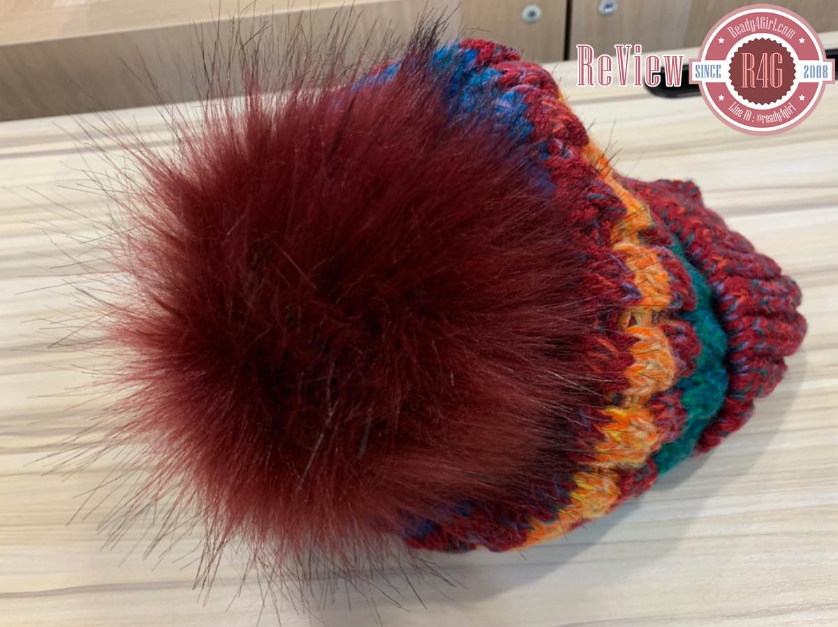 หมวกไหมพรมถักลายสลับสีแต่งปอมใหญ่ ซับผ้าขนนุ่มกันหนาว