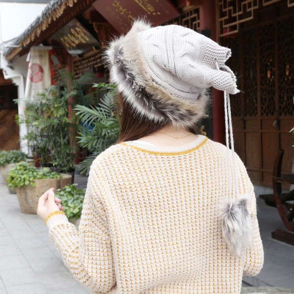 หมวกไหมพรมแต่งเฟอร์บุผ้าขนนุ่มกันหนาว ใส่เป็นผ้าพันคอได้