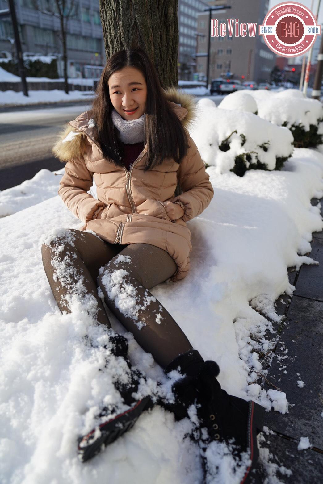รองเท้าบูทหนังหุ้มข้อแต่งเฟอร์ บุขนกันหนาวติดลบลุยหิมะได้